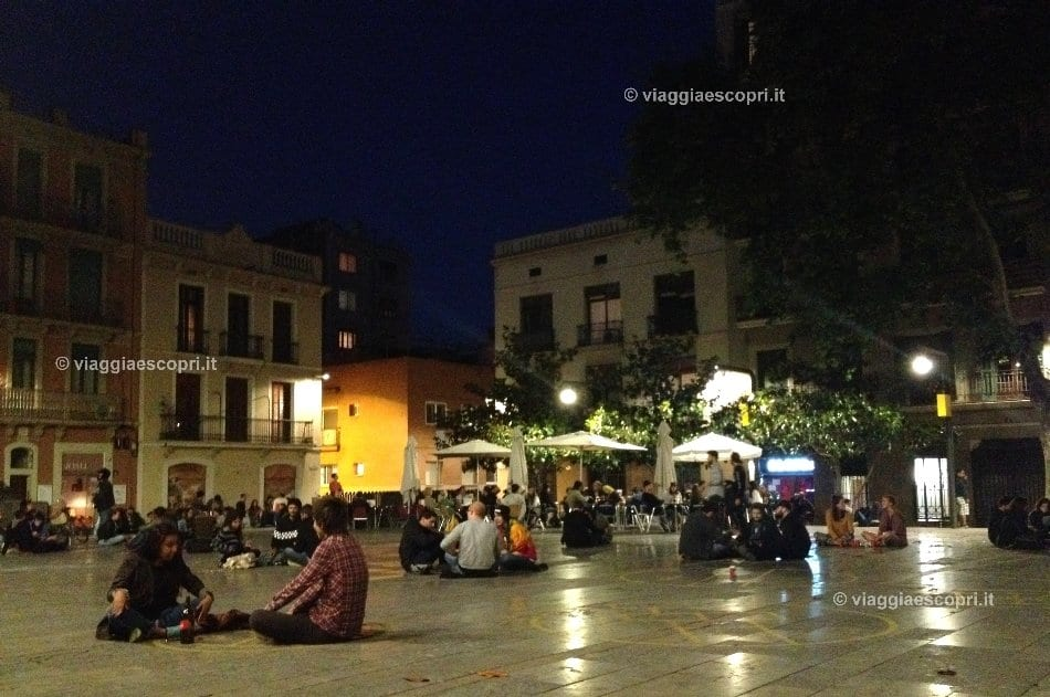 Barcellona, movida in Plaça del Sol a Gracia