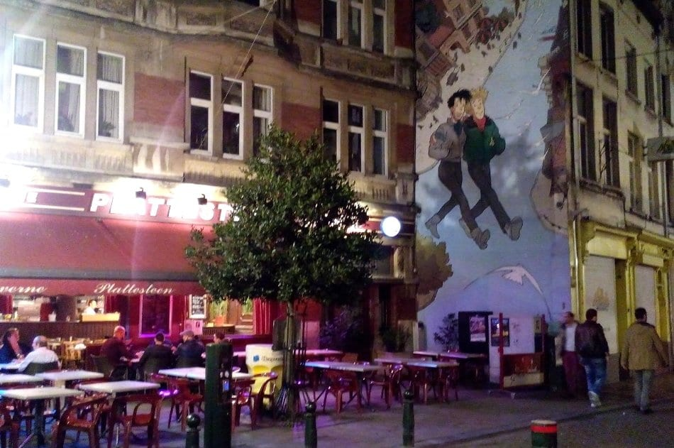 Scorcio di Bruxelles e murales gay friendly in centro, Bruxelles gay