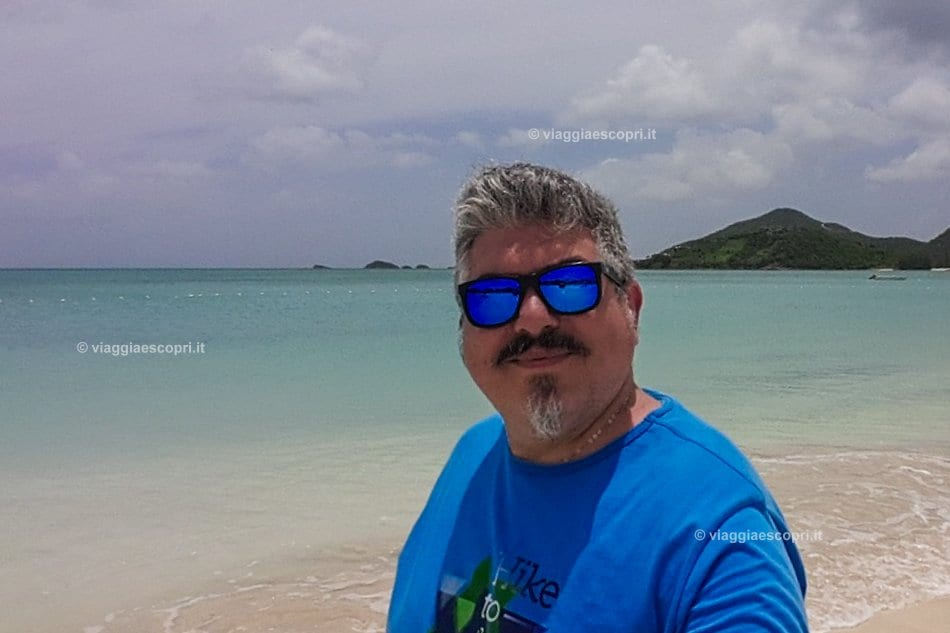 Selfie a Jolly Beach, viaggio ad Antigua e Barbuda